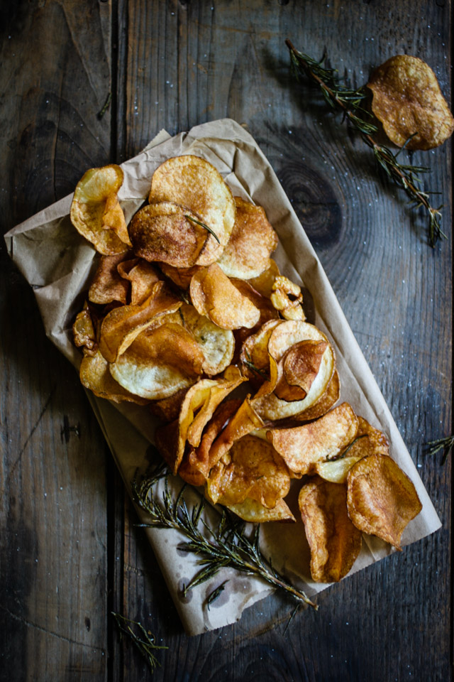 Garlic & Rosemary Infused Chips | for the love of the south